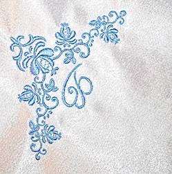 Вышивка носовой платок гладью